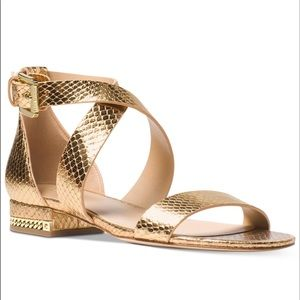 NEW Michael Kors Sabrina 8.5 Sandals